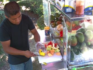 Thousand Oaks to legalize sidewalk vendors